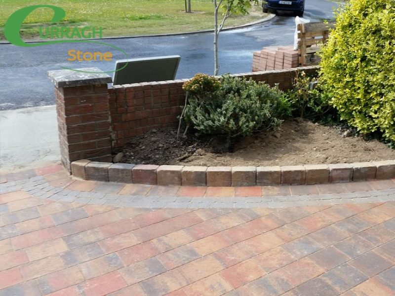 Block Pavin Edges Around Flower Bed in Dublin
